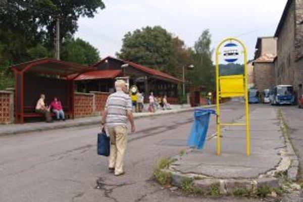 Autobusovú stanicu v Kremnici vynovili.