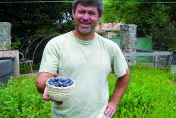 Novobančan Boris Mizia hovorí o liešivých účinkoch čučoriedok.