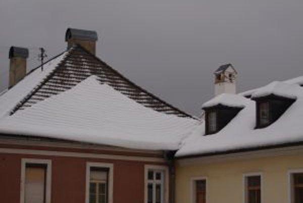 Také množstvo snehu ako tento rok napadlo v Kremnici naposledy v roku 2005.
