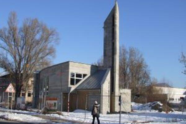 Hrubá stavba je dokončená. Na dostavbu evanjelického kostola v Žiari potrebujú ďalších 150-tisíc eur.