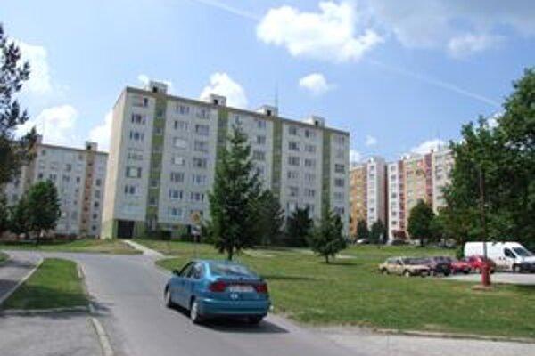 Nové bytovky by mali postaviť v sídliskovej časti.