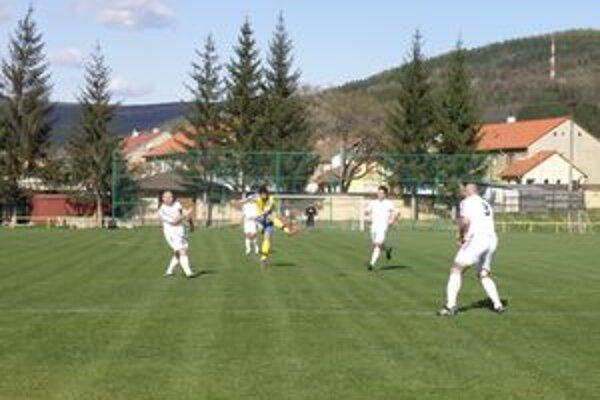 Napriek tesnému víťazstvu a nepremenenej jedenástke bol tréner Žiaru/L. Viesky Šimko s výsledkom spokojný.