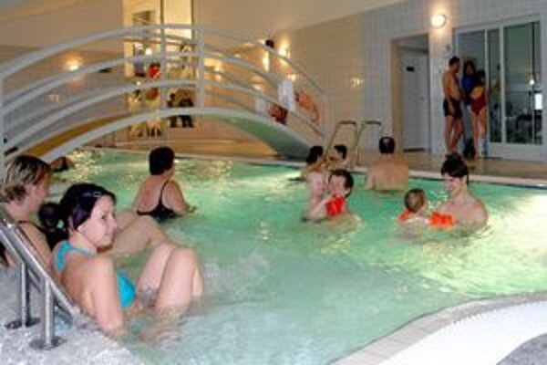 Športovú halu na Sklake na prvé dva týždne prázdnin zatvorili.