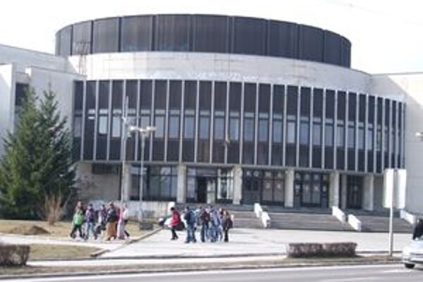 Mestské kultúrne centruj v Žiari nad Hronom.
