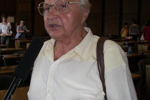 Dôchodkyňa tvrdí, že prokurátorka obvinila žiarskeho primátora z brania úplatkov.