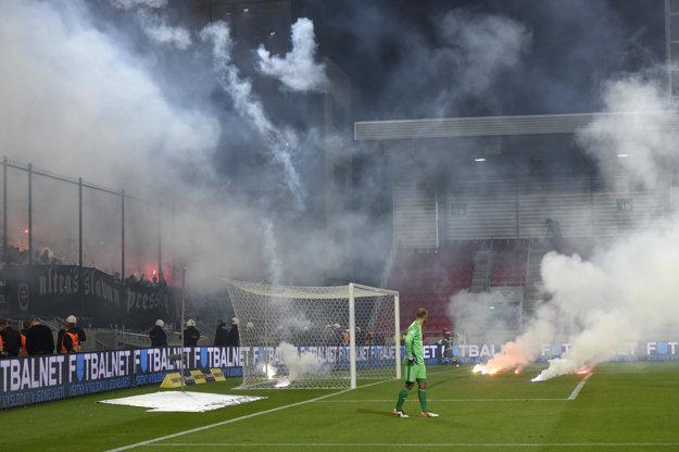 Fanúšikovia Slovana sa opäť ukázali.