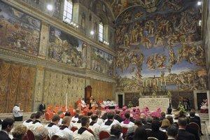 Bohoslužba v Sixtínskej kaplnke.
