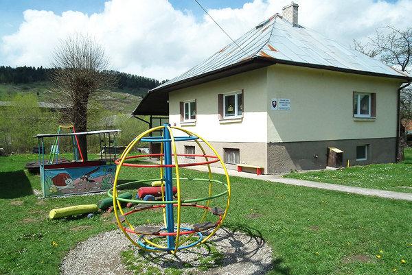 Škôlka sídli v pôvodnom rodinnom dome.