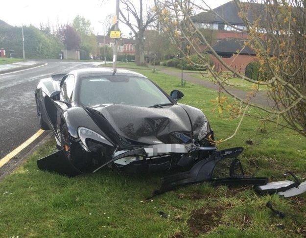 McLaren 650S Spider po nehode