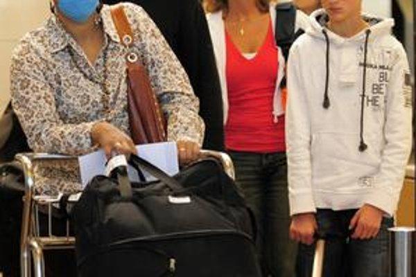 Ľudí  zo Slovenska hrozba nákazy novou chrípkou  od cestovania do Španielska či do Grécka neodrádza.