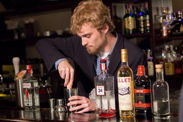 Samuel Chlpek spolu s Matejom Kochanom a Alexom Dobiášom bol na barmanskej súťaži.