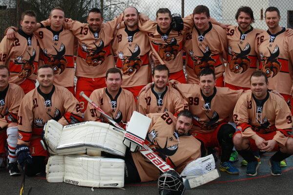 Empire Okružná - majster základnej časti Kysuckej hokejbalovej ligy.