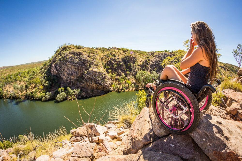Na výpravu sa podujala aj Kristína, ktorá je po úraze na lyžiach na vozíčku.