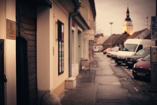 Historická pivnica sa nachádza na Pekárskej  ulici.