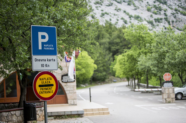 Za parkovanie na celý deň zaplatíte 10 kuna.