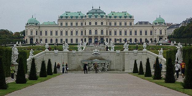 Horný zámok Belvedere vo Viedni.