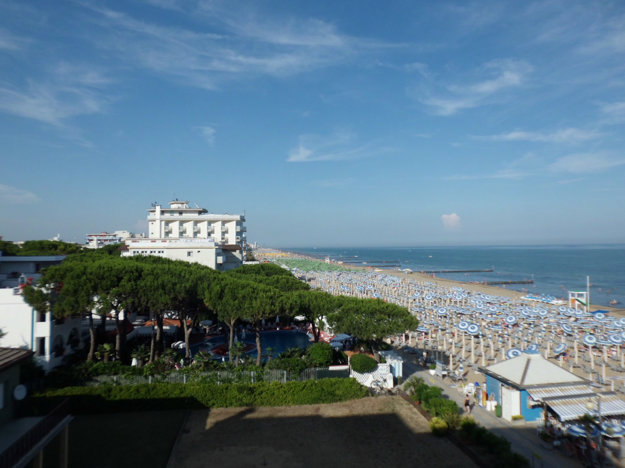 Jadranské pobrežie Talianska je obľúbené pre pieskové pláže a nádych talianskej romantiky.