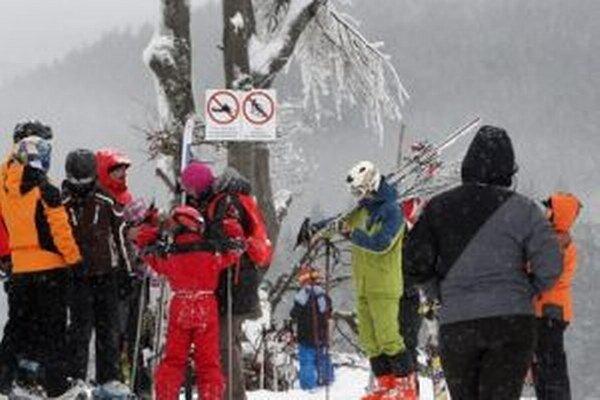 Na Donovaloch sa zatiaľ lyžuje na Záhradišti, čoskoro by mala pribudnúť Nová Hoľa.