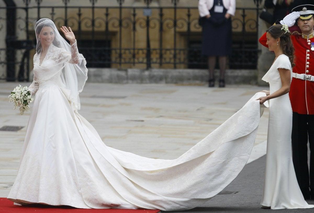 7998d6810e4c Slávne nevesty  Historicky najkrajšie svadobné šaty známych hviezd ...