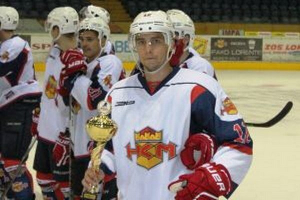 Michal Juraško s trofejou za tretie miesto