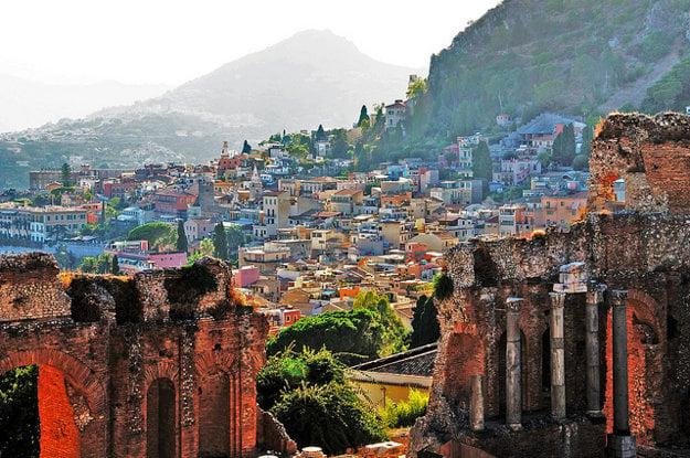 Taormina patrí medzi turisticky obľúbené sicílske mestá.