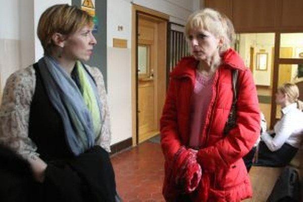 Ľubica Lapinová (vpravo) dostala výpoveď pred tromi rokmi.