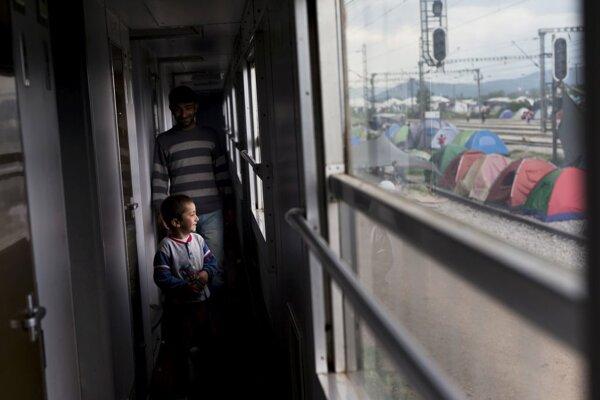 Nemecko vlani prijalo vyše milión migrantov a utečencov.