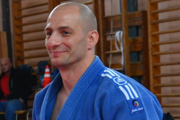 Tréner Katsuda Róbert Rác, ktorého zdobia skúsenosti s reprezentačných zložiek.