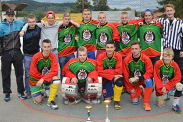 Hbc Čadca Čadečka obhájil triumf. Po titule vJKHL si urobil chuť aj na Junior Cup-e.