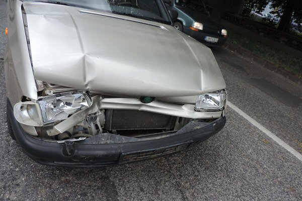 Vodič Felicie narazil do auta idúceho pred ním.