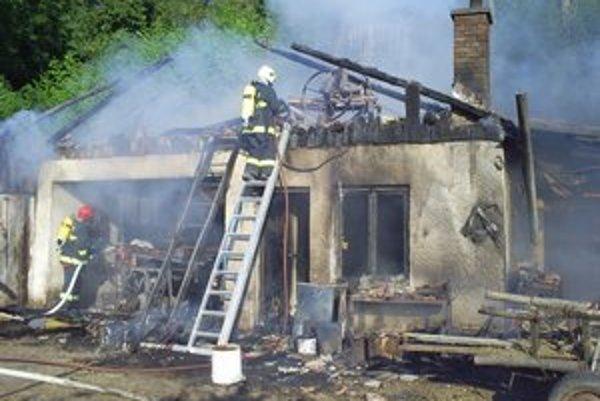 Na kontrolu komínov aj vykurovacích zariadení upozorňujú aj hasiči. Vlani v Levickom okrese mali v tejto súvislosti 19 výjazdov.