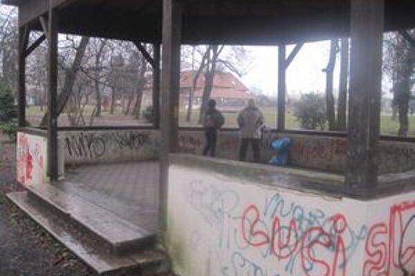 Mesto pracuje na tom, aby sa starému parku vrátila niekdajšia sláva.