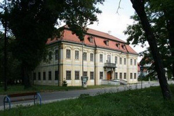 Budova Záhorskej galérie v Senici.