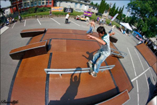 Skatepark v Skalici. Je konštruovaný tak, aby spĺňal podmienky pre organizovanie medzinárodných súťaží.