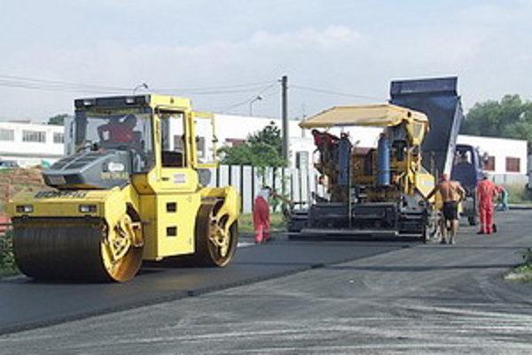 Opravy sa dočkajú niektoré krajské cesty II. a III. triedy.