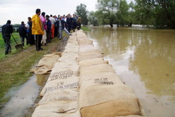 Výťažok zo zbierky poputuje obetiam povodní.