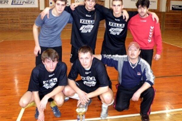 Pohár fair play pre najslušnejšie mužstvo ročníka 2009 získal MGS Plus Senica.