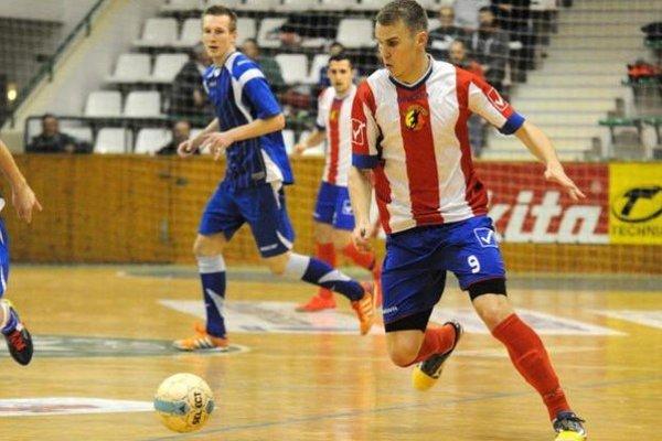 Novozámčan Patrik Vašek strelil vzápase proti Žiline dva góly, na body to však nestačilo.