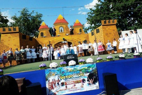 Ne festivale v Srbsku.