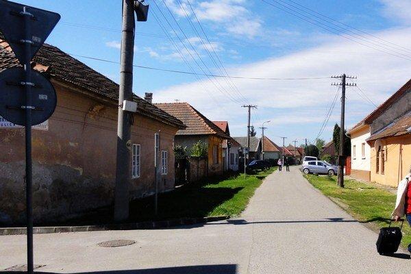 Ulica na železničnú stanicu.