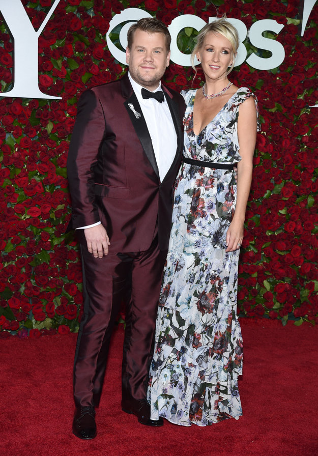 James Corden a Julia Carey