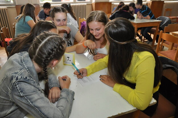 Súťaž je určená pre 7. ročníky základných škôl.