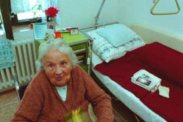 Rakúsko nemá dosť pracovných síl na opatrovanie starých ľudí.
