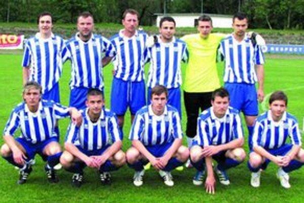 Mužstvo Šurian - finalista pohára