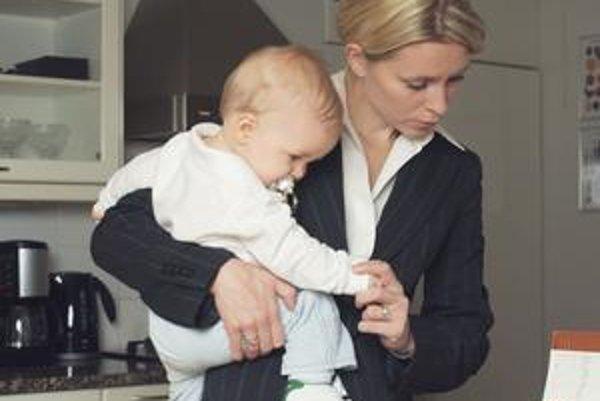 Ak dieťa náhle ochorie, rodič má nárok na voľno, aby mohol dieťa sprevádzať do nemocnice.
