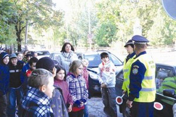 Doprava v reáli -  jeden z projektov mestskej polície.