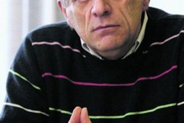 Zoltán Pék zostáva naďalej na čele mestských médií.