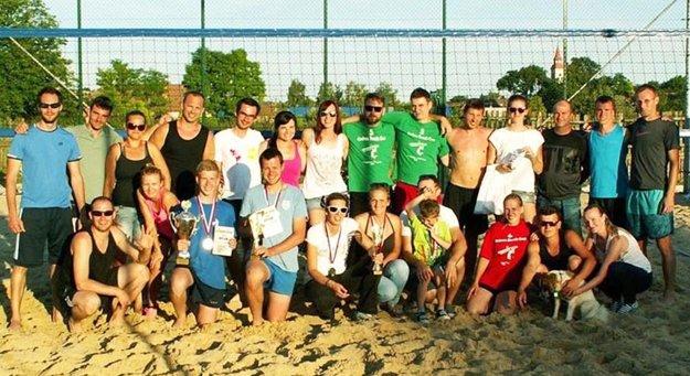 Spoločná snímka časti účastníkov turnaja.