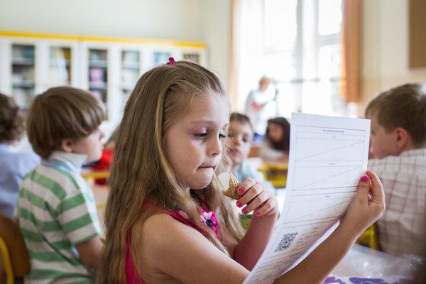Školáci v Dúbravke sa môžu tešiť na vynovené priestory. ILUSTRAČNÉ FOTO