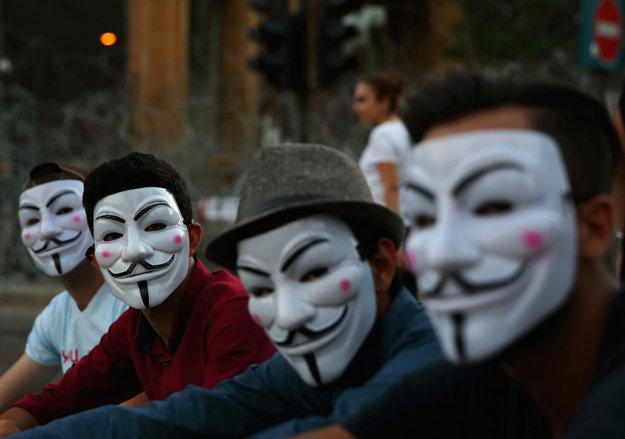 Libanon - protestujúci